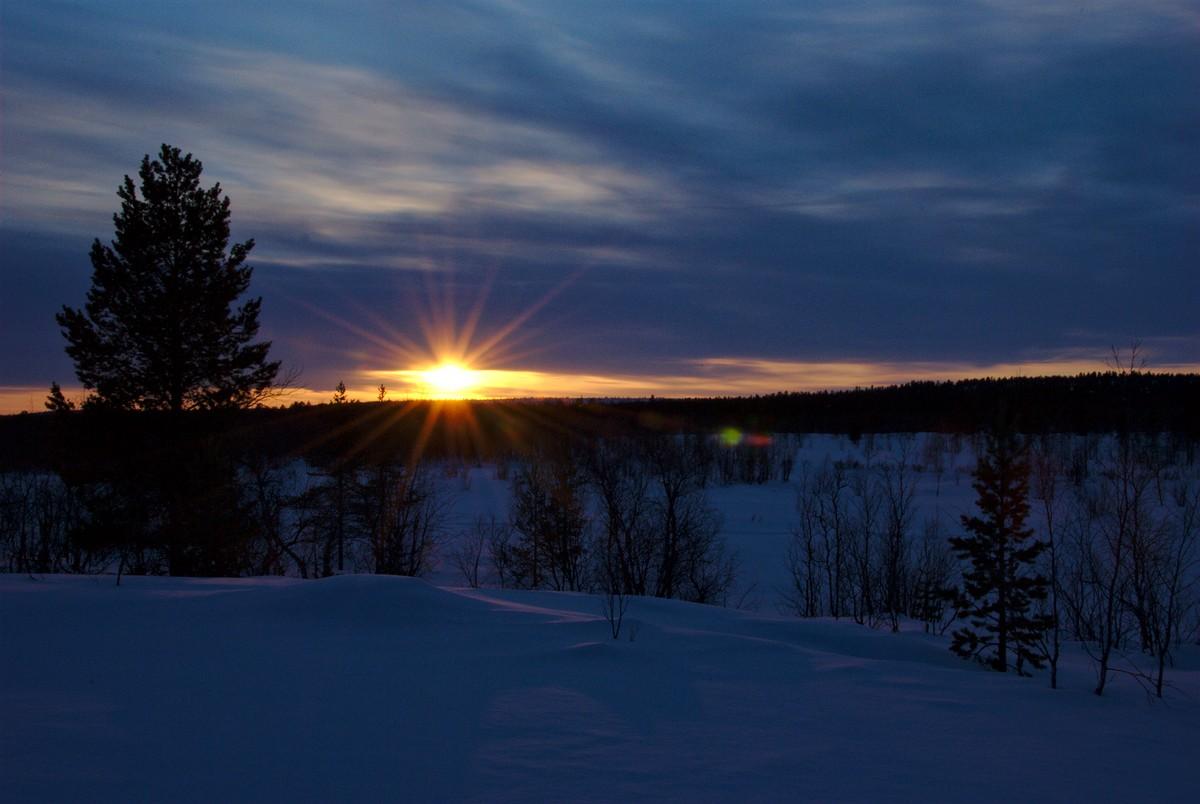 Sunset at Närpistö Laavu