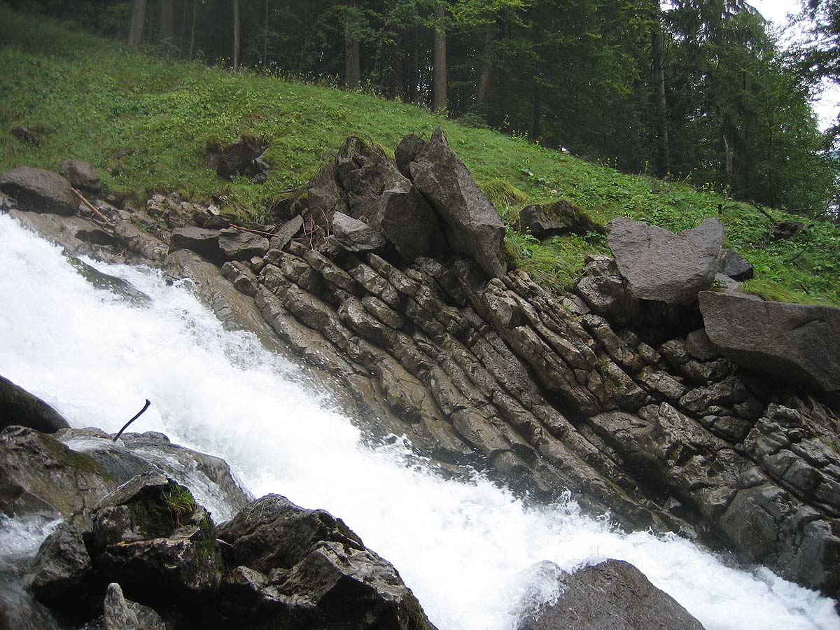 Giessbach Falls